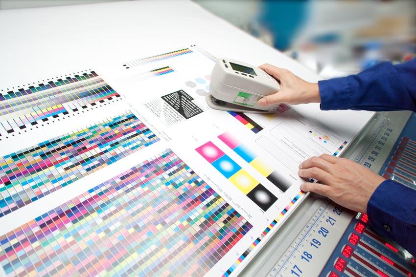 岡山で高品質な印刷 封筒印刷 特色印刷 べた刷り 色合わせ